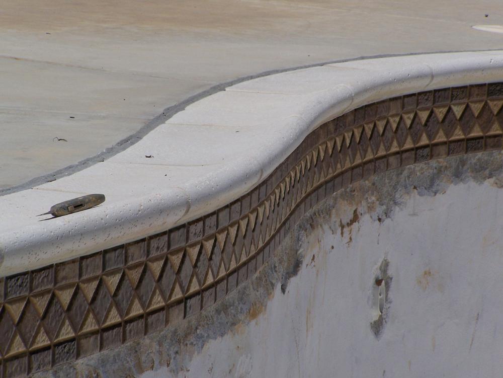 Pool Mastic Repair